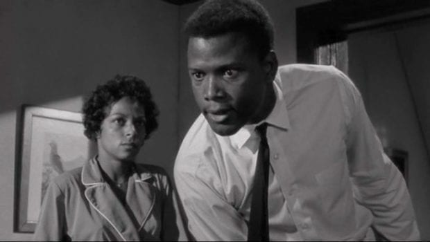 social issues and injustice in the society in a raisin in the sun a play by lorraine hansberry The play was a raisin in the sun,  having tried respectable ways to battle injustice,  sweet lorraine, (1969) in lorraine hansberry in her own words:.